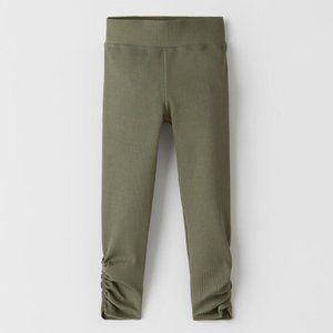 NEW Zara Green Ribbed Ruched Leggings